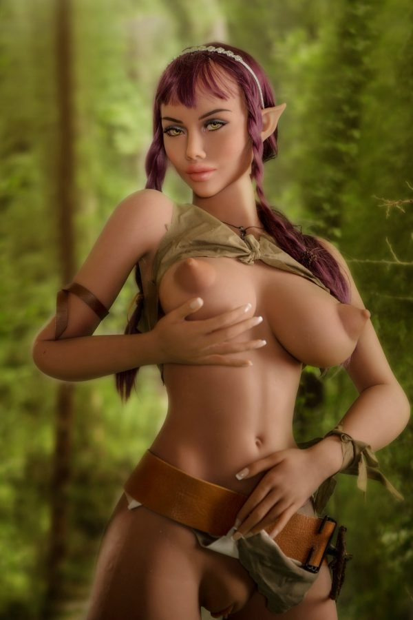 Bella: Haltiafantasia seksinukke